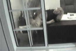 Съёмка скрытой камерой секса в кабинете