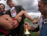 Шампанское чемпионам, прям с пизды