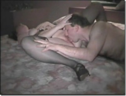 amateur-couple-eating-pussy.jpg